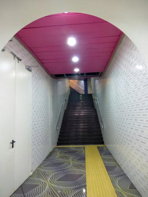 11. Stacja metra Universita