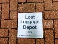 lost-luggage-3