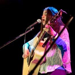 Gute Figur auch an der Gitarre: Die Zweitplatzierte Mascha