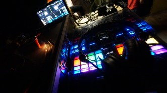 Des DJs Liebling-Spielzeug.