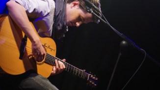 Virtuos an der Gitarre: Gast und Tommy Emmanuel Fan Sebastian Klein