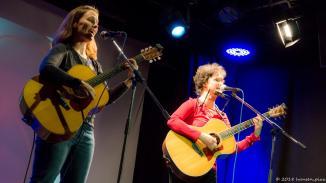 Immer gern auf der musoc Bühne gesehen: Simone und Karin vom Zimmer 212.