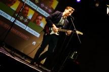 Nick Cave trifft Lou Reed: David Husz gewinnt deutlich.