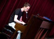 Felix war mit seinen 17 Jahren der jüngste Teilnehmer und brachte uns eigene Songs mit.