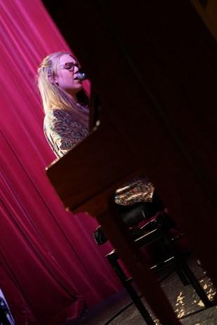 Herzschmerz am Piano, wenn auch nicht unbedingt der eigene: Ronja Künkler