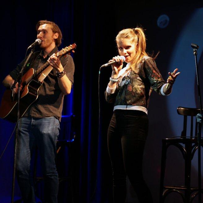 Zum zweitenmal mit eigenen Songs auf der Bühne: Alisa und Manu