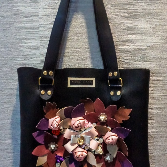 Muso Casa Bouquet on a Bag