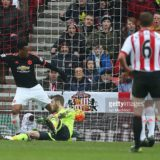 SUNDERLAND, ENGLAND - FEBRUARY 13: David De Gea of Manchester United scores an own goal during the Barclays Premier m/ match between Sunderland and Manchester United at The Stadium of Light on February 13, 2016 in Sunderland, England. (Photo by Ian MacNicol/Getty images) *** Local Caption *** David De Gea