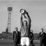 denis-law-champions-1965