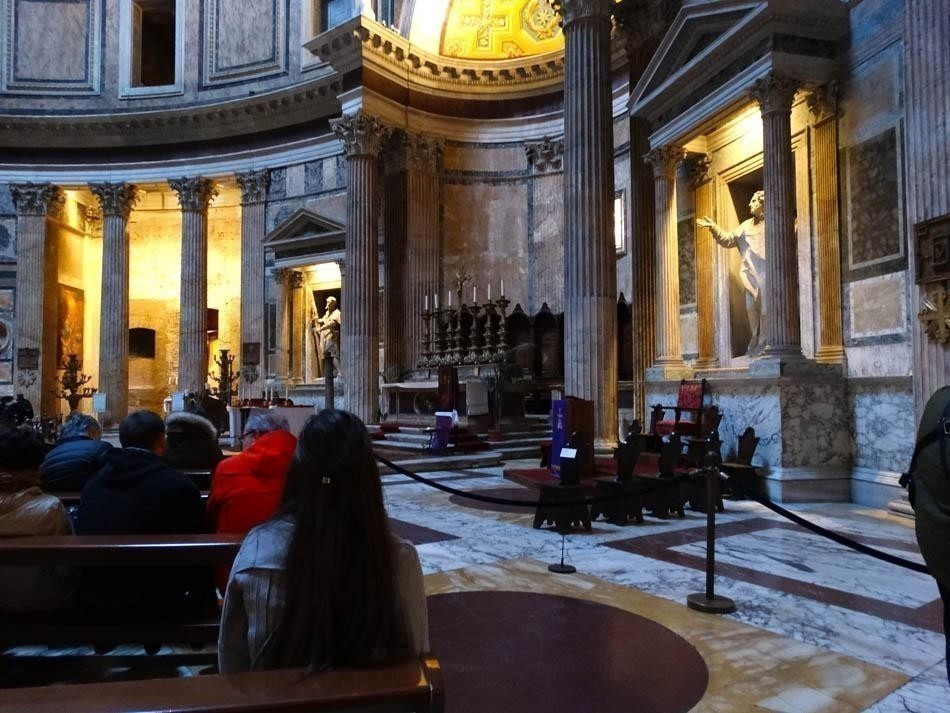 Pantheon, Rome |What to do in a rainy day in Rome - the Eternal City