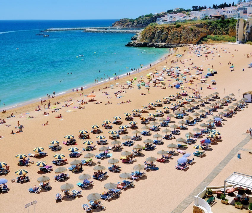 Praia do Peneco - main beach of famous Albufeira resort in Lagos | 11 Must-See attractions in Portugal