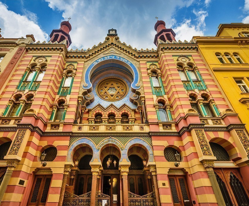 Jerusalem (Jubilee) Synagogue in Prague   The Ultimate 3-Day Itinerary for a Trip to Prague