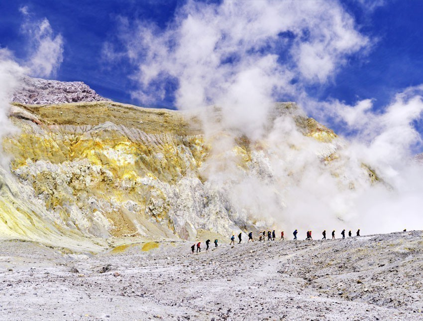 Exploring White Island (Whakaari) - an active andesite stratovolcano, situated 48 km (30 mi) from the east coast of the North Island of New Zealand | 7 Awesome Things to Do in New Zealand