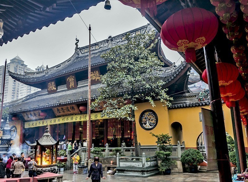 The Jade buddha Temple home to the famous jade buddah in Shanghai | 10 Must-Visit Cities in Asia