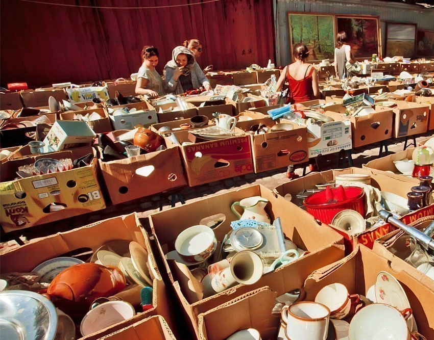 Weekly flea markets in Berlin are a must-visit even if you are not a shopaholic. | 10 Awesome Things to Do and See in Berlin