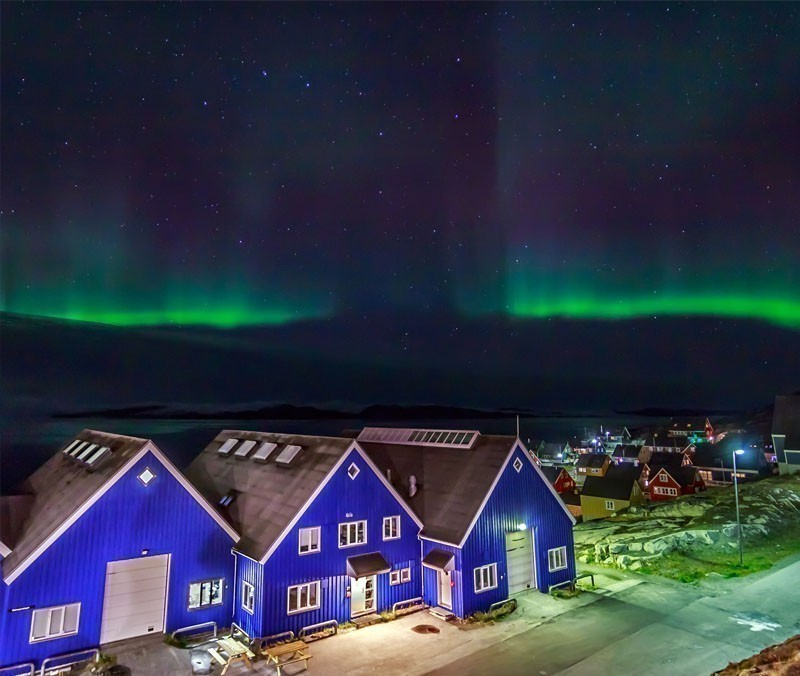 Greenlandic northern lights, nearby Nuuk | 10 Wonders Of The World You Have To Visit