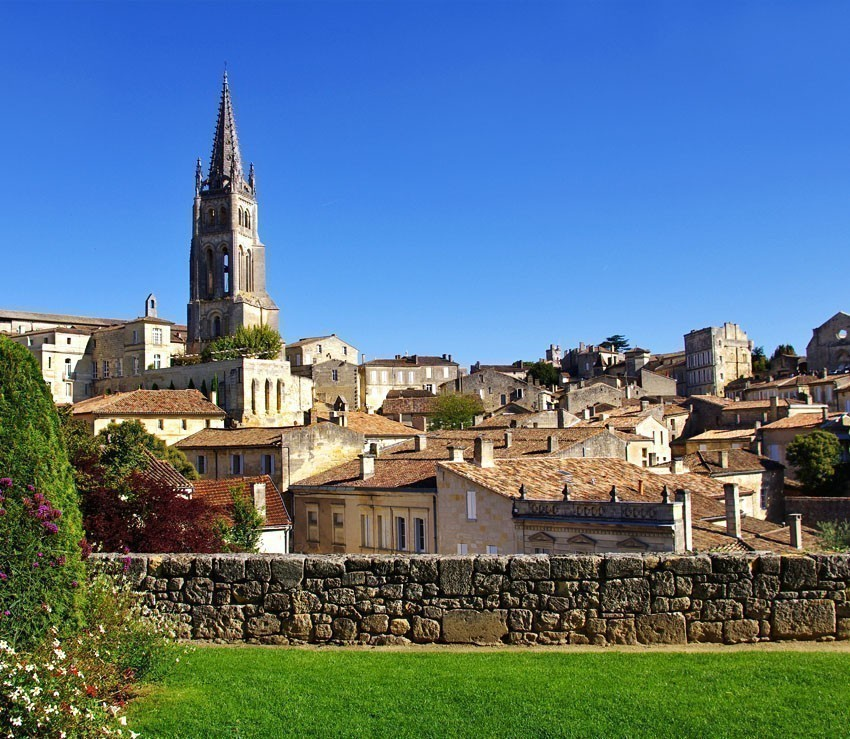 View of Saint-Emilion, one of the principal red wine areas of Bordeaux | France Travel Guide