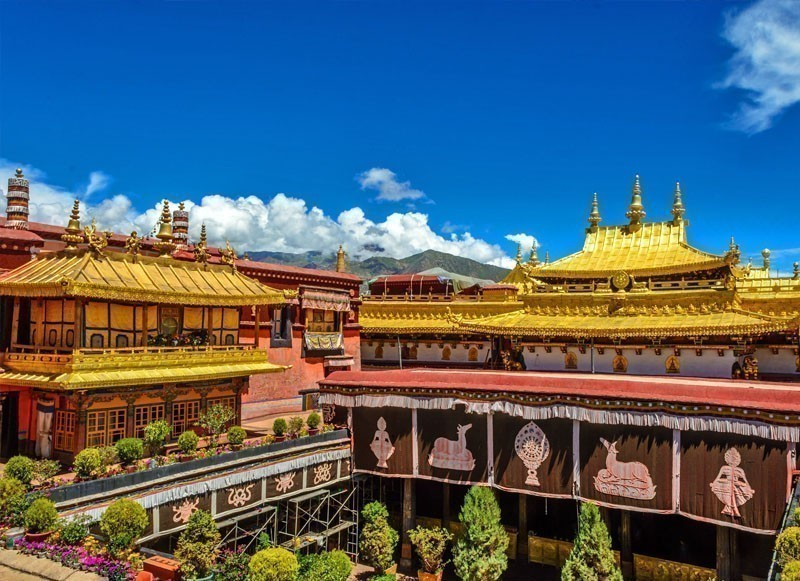 lhasa hindu personals Jokhang temple in lhasa is a famous pilgrimage center for buddhists in tibet and china this 7th century temple located at barkhor, lhasa belongs to tibet which is now a part of china.