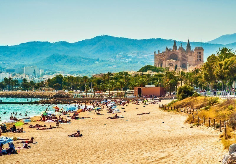 View of the beach of Palma de Mallorca, Balearic islands | 10 Best Places to Visit in Spain