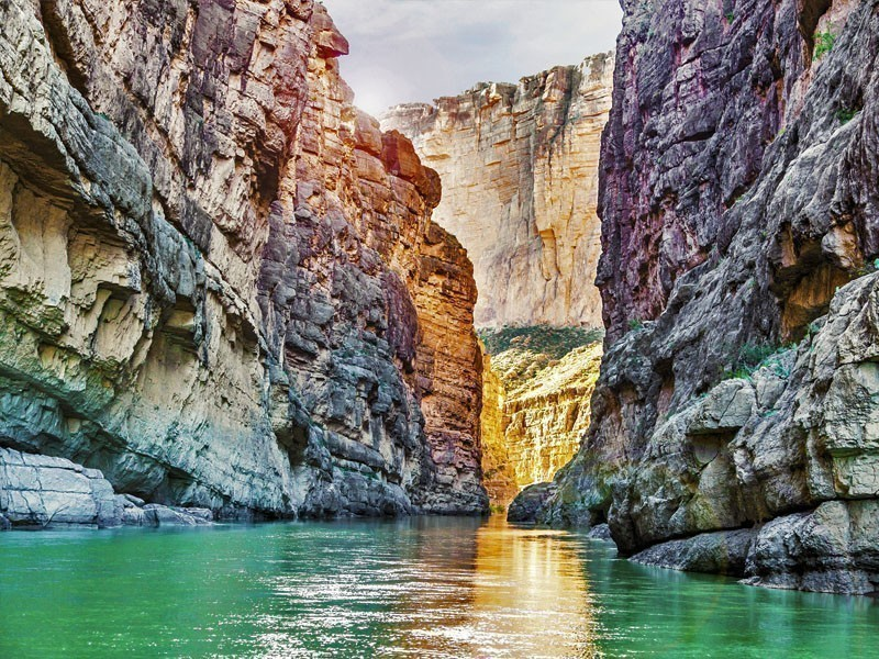Great view of the Bend National Park - Santa Elena Canyon and Rio Grande river | 10 Best Places To Visit In Texas