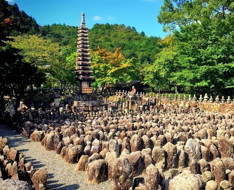 Adasino Nenbutsu-ji cemetery | Why You Need to Visit Kyoto and Where to Go