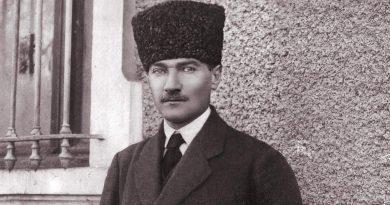 Yaşa Atatürk!