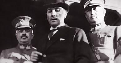 Atatürk'ün Bursa Gezisi Sırasında Reşit Paşa Gemisinde Çekilen 9 Fotoğrafı