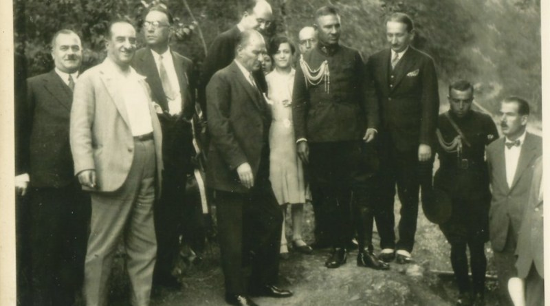 Atatürk'ün Yaveri Ahmet Naşit Mengü