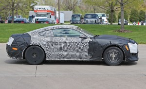 2019 Ford Mustang Shelby GT500 Spy Shots (21)  MustangForums