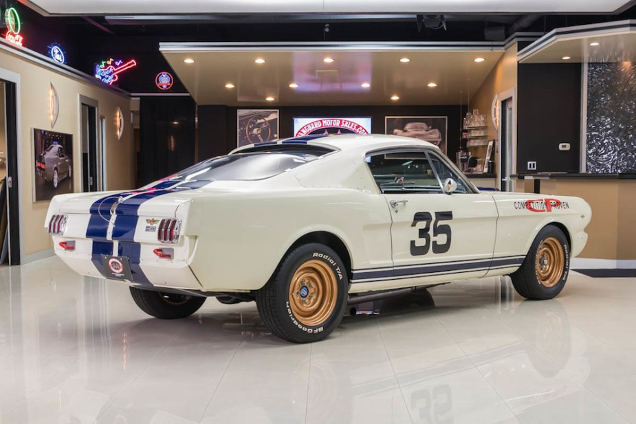 A perfect 1965 Shelby GT350R tribute.