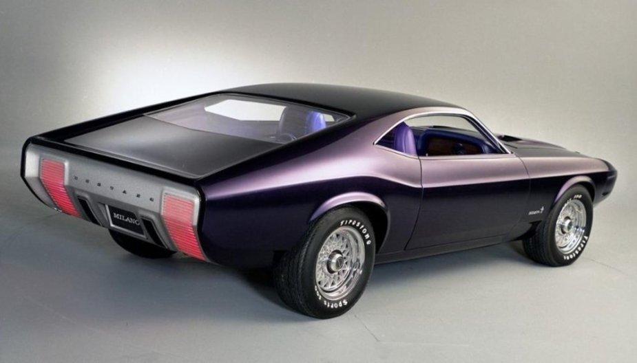 Milano Mustang