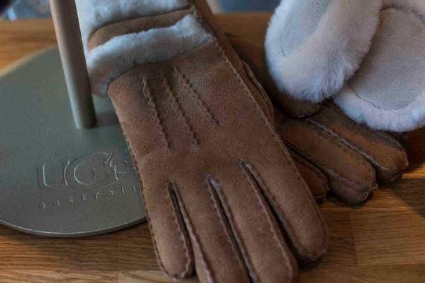 Ugg, gloves, mustbeyummie, christmas, wishlist