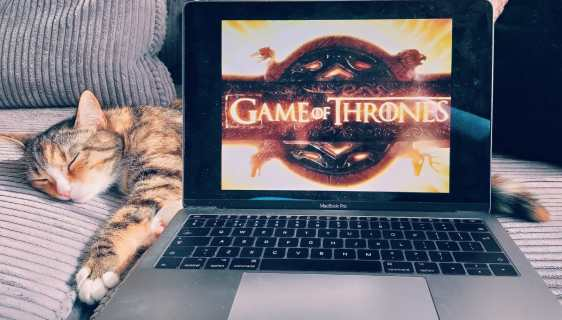 game of thrones seizoen 8 aflevering 1 review