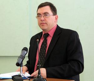 Сергей Алимпиев ответил за инвестиционный спад? Фото: gov.karelia.ru