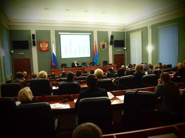 Слушания в парламенте Карелии. Фото: Валерий Поташов