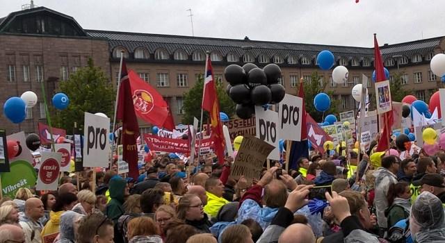 Акция протеста против правительственной политики в Хельсинки. Фото: facebook.com