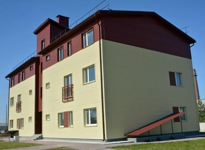 В этот дом в Фанерном тупике Сортавалы предполагается переселить светских жителей острова Валаам. Фото: Алексей Владимиров