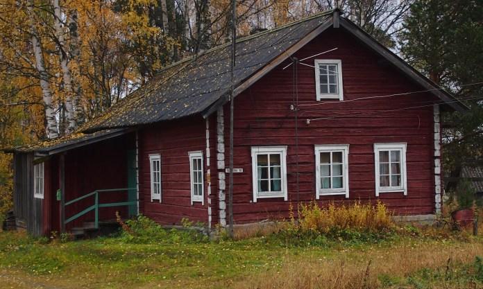 В деревне Вокнаволок. Фото: Валерий Поташов