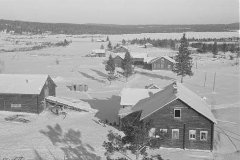 Деревня Вокнаволок, зима 1942 г. Снимок из финского военного фотоархива sa-kuva.fi