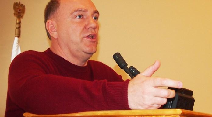 Председатель бюджетного комитета карельского парламента Виталий Красулин. Фото: Валерий Поташов