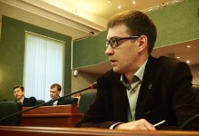 Депутат Законодательного собрания Карелии Андрей Рогалевич продолжает голодовку пятый день. Фото: Валерий Поташов