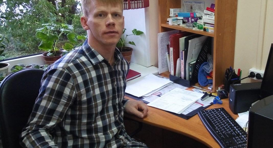 Социальному работнику Петрозаводского дома-интерната для ветеранов Денису Федорову удалось отстоять свои права. Фото: Татьяна Смирнова