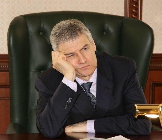 Глава Карелии Артур Парфенчиков. Фото: Черника
