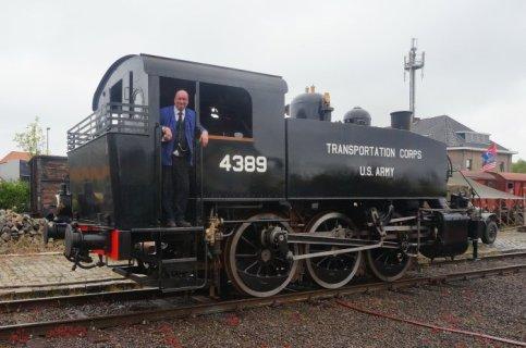 "The ""Enter"": a steam machine with a Davenport engine."