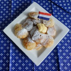Serve Poffertjes with a Dutch Flag