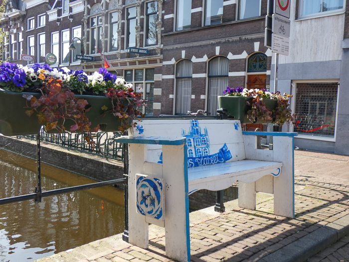 Daytrip to Gouda, Cheese, Culture and History. Gouda tries to be typical Dutch.