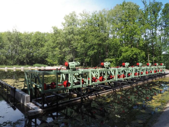 Water Museum in the Netherlands Waterbos Wave machine.