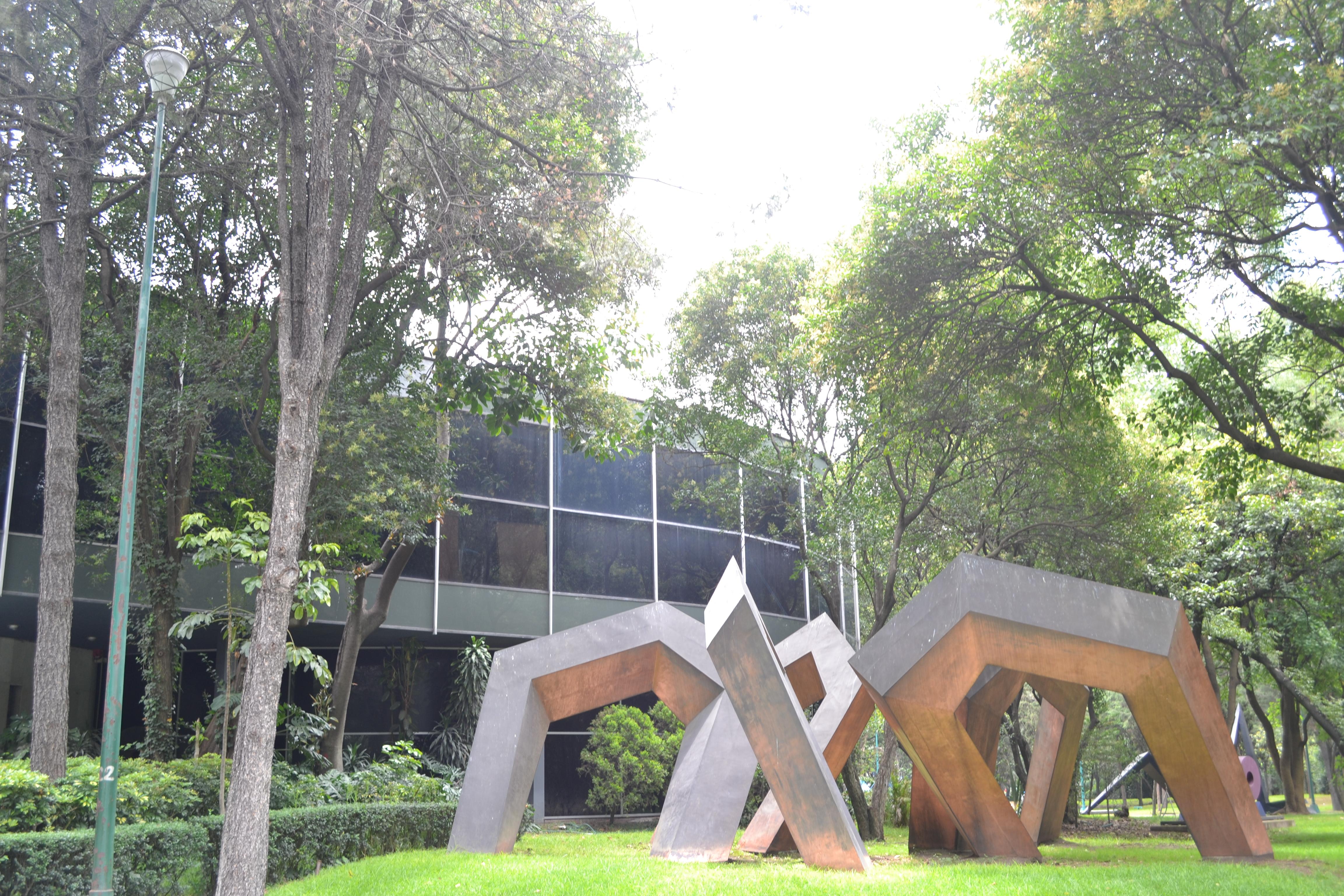 "<span itemprop=""name"">Modern Art Museum MXCY</span>"