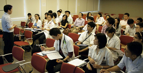 Singaporeans - Earn - Medical