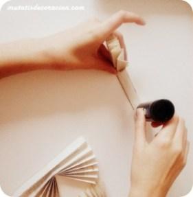 """alt=""""adornos-arbol-navidad-libros"""""""